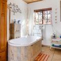 2. Honeymoon bathroom Photography McGregor Yellowstone Cottages 143